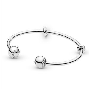New Pandora open bangle bracelet